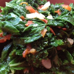 sauteed kale with tomatoes & garlic