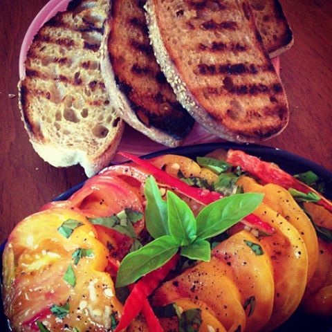 *tomato basil with grilled bread